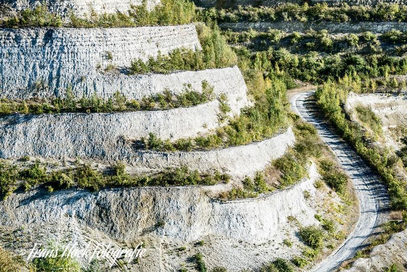 Limestone / Kalksteen. Carrières CBR de Lixhe, Visé, Belgique