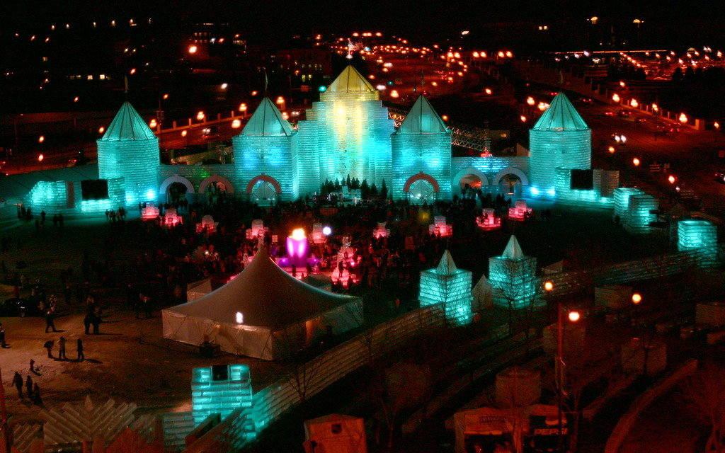 . The 2004 Winter Carnival Ice Palace opened to the public on Jan. 22, 2004.  (Pioneer Press File)