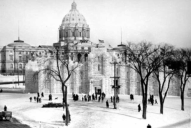 . Winter Carnival Ice Palace near State Capitol, St. Paul in 1937. Photo courtesy of the Minnesota Historical Society.