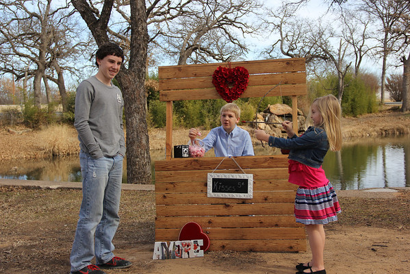 {Kissing Booth Mini 2014}