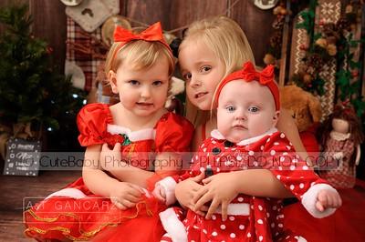 Evie Emilie Ella Christmas Mini