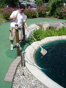 Lumberjack Mini golf - Mark retrieves his ball