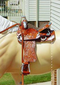 Classic sozed saddle