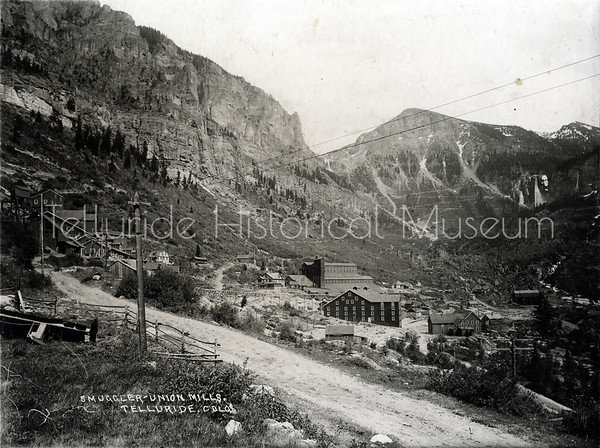 2004-01-487: Smuggler-Union Mills Telluride, Colorado c 1900