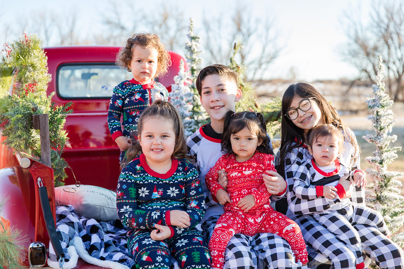 Cousins Christmas-19