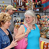 Darlene Shopping ministry - with Sandi Tucker and Paul Kooistra on the Spusk in Kyiv