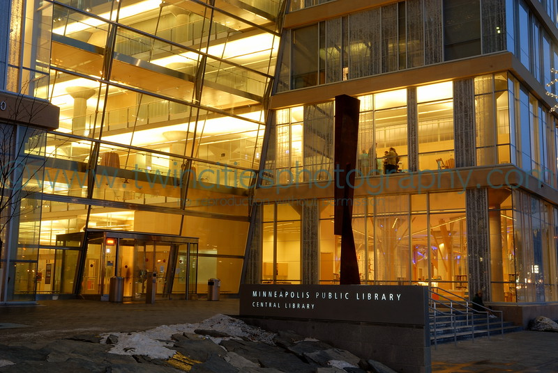 """<font size=""""2"""" face=""""Verdana"""" font color=""""#84C65D"""">Night-time view of the library entrance along Nicollet Mall - February 2007.</font>"""