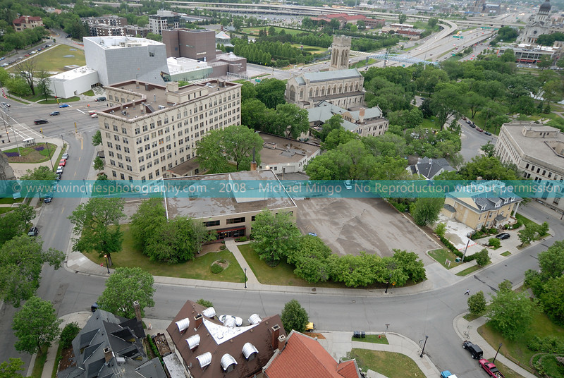 """<font size=""""2"""" face=""""Verdana"""" font color=""""#5CB3FF"""">View of the 1730 Clifton Place property from the roof of Summit House Condos nearby.</font>"""