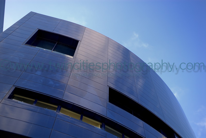 "<font size=""3"" face=""Verdana"" font color=""turquoise"">Photo of the Guthrie Theater located in downtown Minneapolis, near the Mississippi River.</font> <font size=""2"" face=""Verdana"" font color=""white"">Order a photo print of any photo by clicking the 'Buy' link above.</font><br> <font size = ""2"" font color = ""gray""> TIP: Click the photo above to display a larger size</font>"