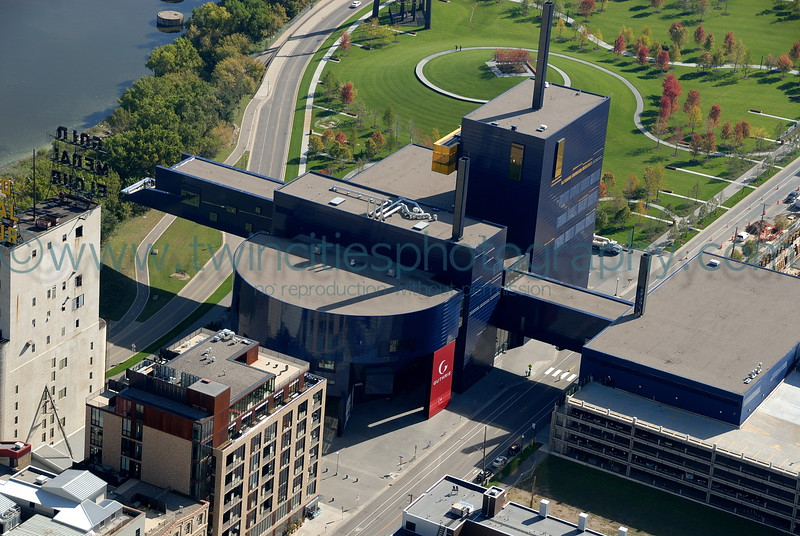 "<font size=""2"" face=""Verdana"" font color=""#5CB3FF"">Aerial view of the Guthrie Theater.  Gold Medal Park, adjacent to the Guthrie is shown in the upper portion of this photo.  Photo taken September 28, 2007.</font>"