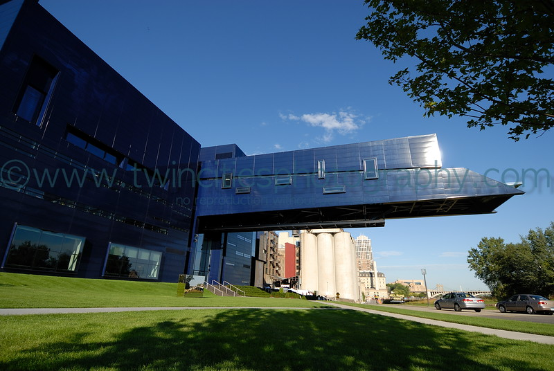 "<font size=""2"" face=""Verdana"" font color=""#5CB3FF"">Exterior view of the Guthrie Theater.  September 2007.</font>"