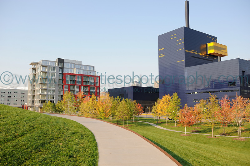 "<font size=""3"" face=""Verdana"" font color=""white"">Gold Medal Park</font> <font size=""2"" face=""Verdana"" font color=""#5CB3FF"">View of the Guthrie Theater, adjancent to the park, on a fall day. September 2008.</font> <br> <font size = ""1"" font color = ""gray"">Click on photo to see larger size.</font>"