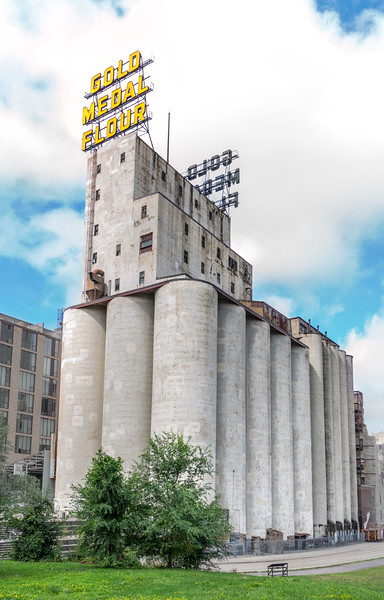 Washburn Mill and Gold Medal Flour sign in Minneapolis