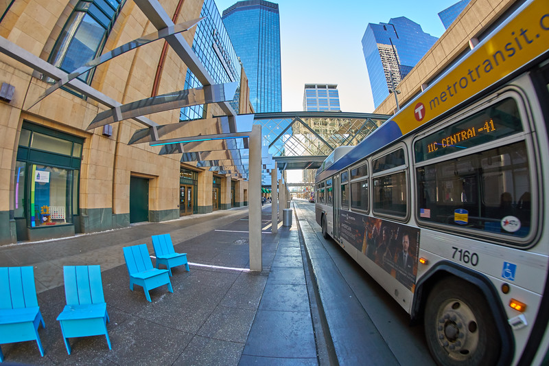 Bus on Nicollet Mall