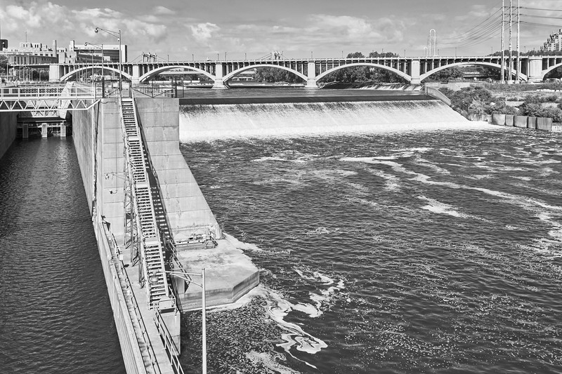 Saint Anthony Falls lock and spillway, Minneapolis