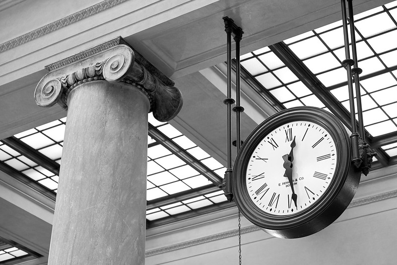 Clock and Column in Saint Paul Union Depot