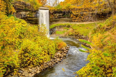 More Fall Colors at the Falls