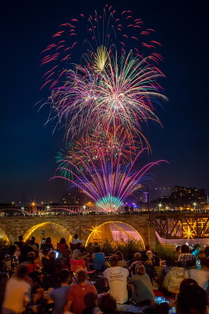 Independence Day at the Stone Arch Bridge