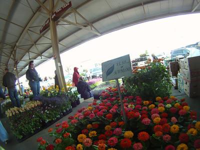 DCIM\100GOPRO Minneapolis Farmers Market