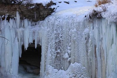 Minnehaha Frozen Falls 2011 Minnehaha Falls 2013