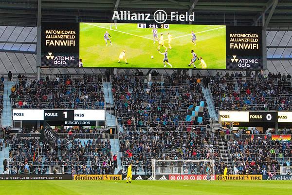 Wonderwall, Allianz Field