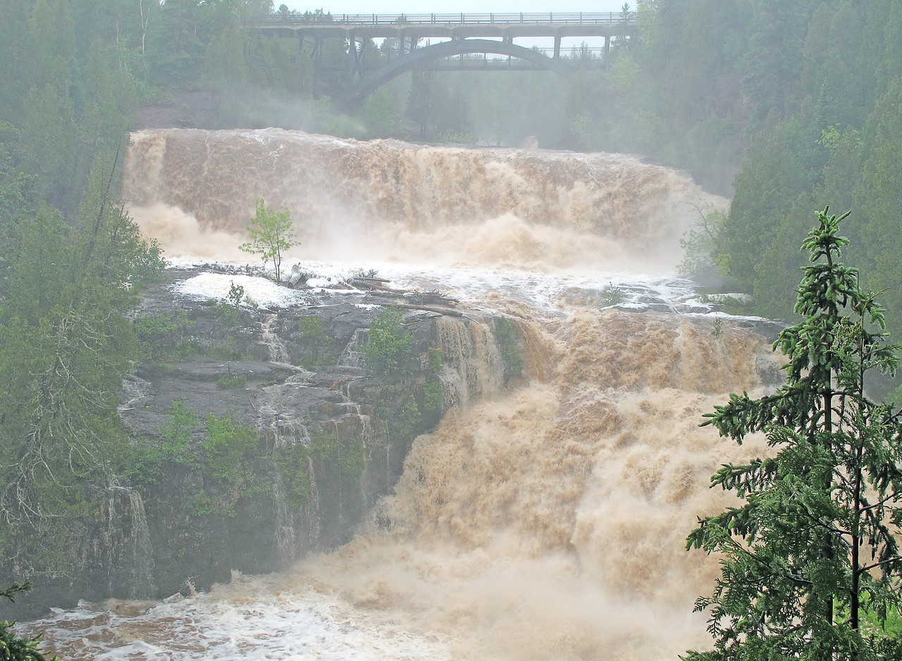Gooseberry Middle Falls 2