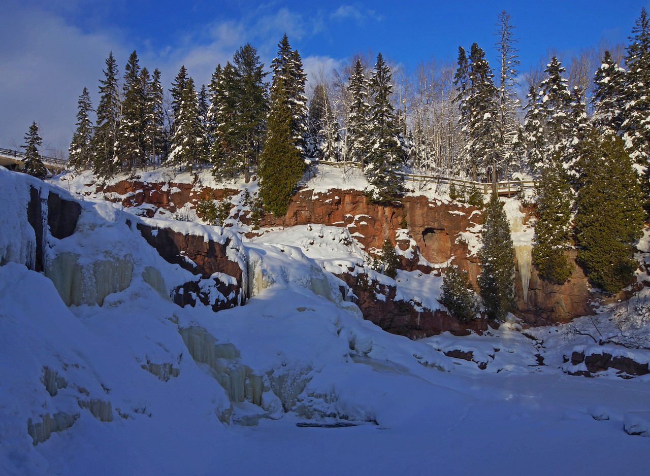 Gooseberry Middle Falls Winter