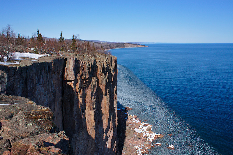 "Minnesota ice  ""lake Superior"" ""palisade head"" ""shovel point"""