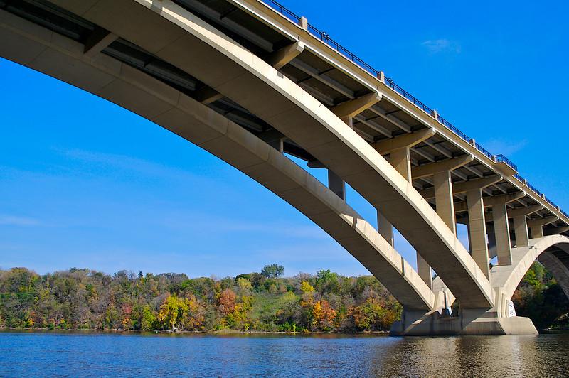 East Lake Street / Marshall Ave Bridge. Minneapolis / St. Paul