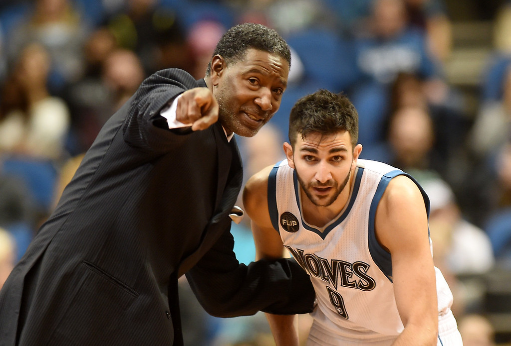 . Minnesota Timberwolves head coach Sam Mitchell gives instructions to guard Ricky Rubio as the Wolves play the Memphis Grizzlies in the fourth quarter at the Target Center on Saturday, January 23, 2016. The Timberwolves beat the Memphis Grizzlies, 106-101. (Pioneer Press: John Autey)