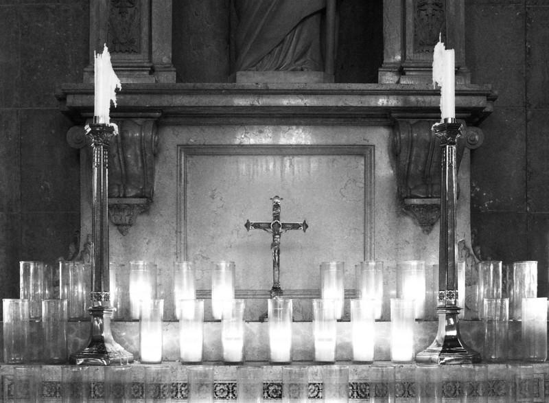 <font size=+2>Side Alter of St. Joseph</font>  Basilica of St. Mary Minneapolis, Minnesota <font size=-2>(2-16072)</font>