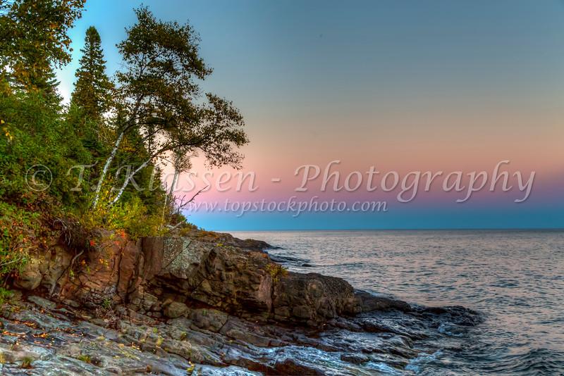 Sunset over Lake Superior from Grandview Park, Minnesota, USA.