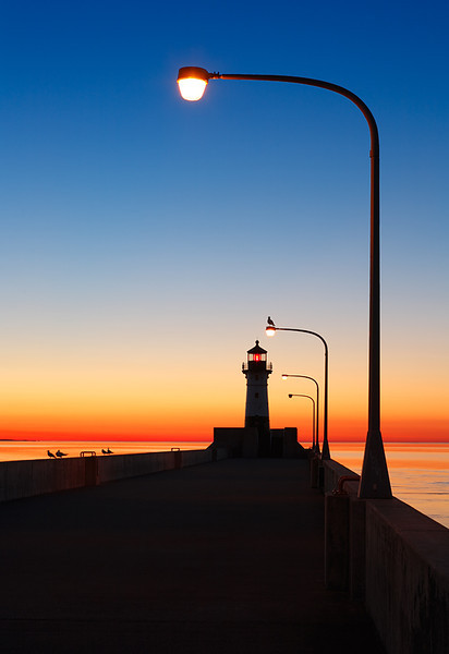 Missing Light - Duluth North Pierhead Lighthouse (Duluth, MN)