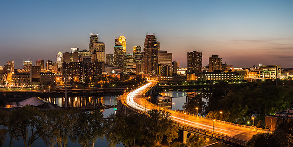 Minneapolis and the Swooping 3rd Ave Bridge