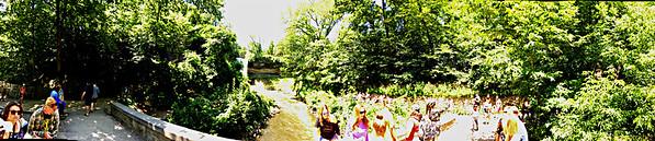https://smiletravelingblog.wordpress.com/2018/07/20/usa-minnesota-minnehaha-falls-regional-park-in-minneapolis/  https://salphotobiz.smugmug.com/Panorama-Views/i-gKhVK9h/A