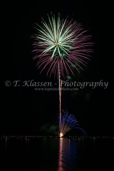 Fireworks on July 4th celebrations at Detroit Lakes, Minnesota, USA.