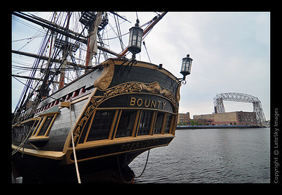 2092 HMS Bounty Stern & Lift Bridge