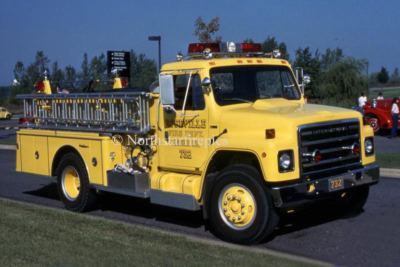 Roseville E-732 020