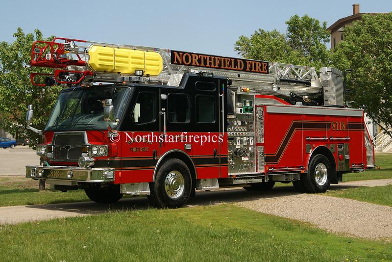 Northfield T-8118