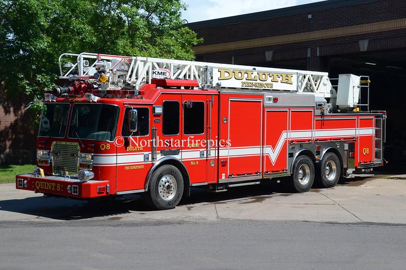 Duluth Q-8  0868