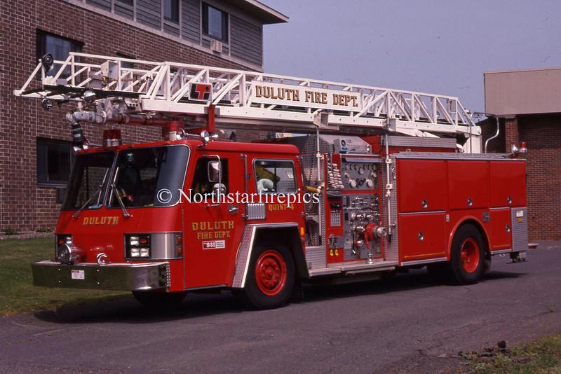 Duluth Q-4