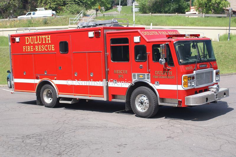 Duluth R-1 <br /> 2002 ALF Metropolitan/3-D