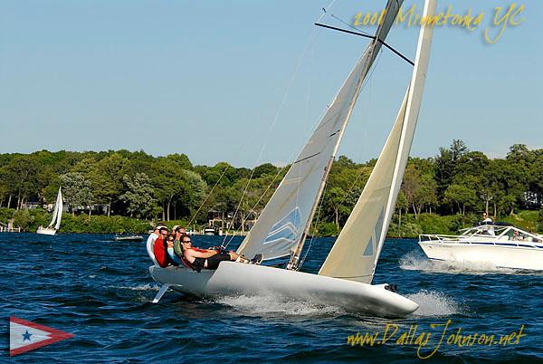 2008 minnetonka yacht club