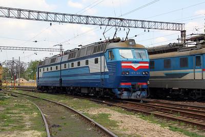 ChS7 149 at Kharkov October Depot on 2nd May 2010 (2)