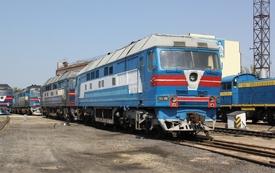 TEP70 0100 at Kharkov Osnova Depot on 2nd May 2010 (3)