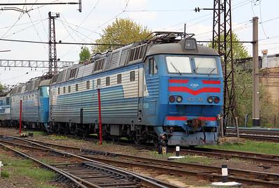ChS7 155 at Kharkov October Depot on 2nd May 2010 (2)