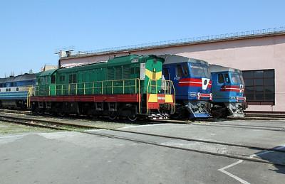 ChME3 3028 at Kharkov Osnova Depot on 2nd May 2010 (2)