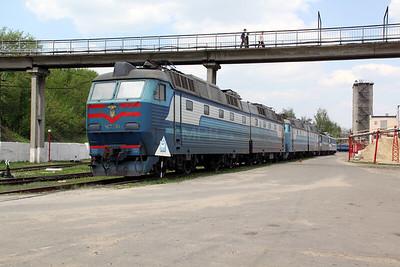 ChS7 111 at Kharkov October Depot on 2nd May 2010 (2)