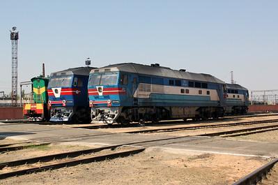 TEP70 0166 at Kharkov Osnova Depot on 2nd May 2010 (2)