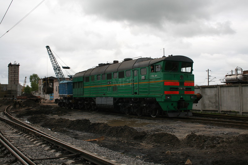 2TE116 775A at Zhmerinka Depot on 8th May 2008